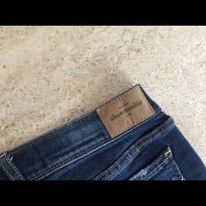 Abercrombie & Fitch Jeans - Abercrombie & Fitch & Frenchi Mix & Match Outfit🌸